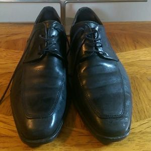 To Boot New York oxfords. Size 9
